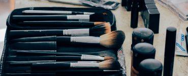 bisnis make up artist