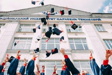 investasi digitalisasi pendidikan